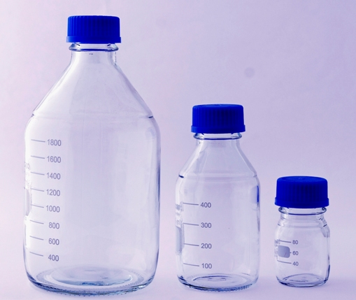 Μπουκάλια αποστειρώσιμα με βιδωτό πώμα